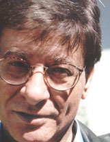 Mahmoud Darwish – photo Samuel Shimon/Banipal